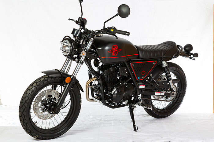 nk01-mat-noir-4